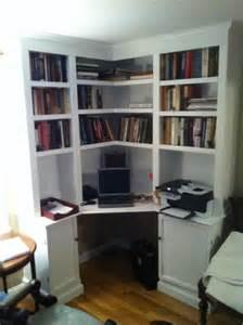 Corner Desk Built In B017 Jpg Built In Bookshelf Desk Desk Plans Corner Office Desk And Offices