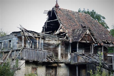 techo village roof housing nepal project disaster housing shigeru