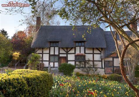 casa di shakespeare la casa della moglie di shakespeare a stratford upon avon
