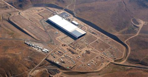 Tesla Gigaplant Tesla Officially Opens Li Ion Battery Gigafactory Design