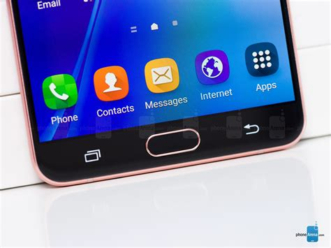 Samsung Wit A Samsung Galaxy A9 2016 Review