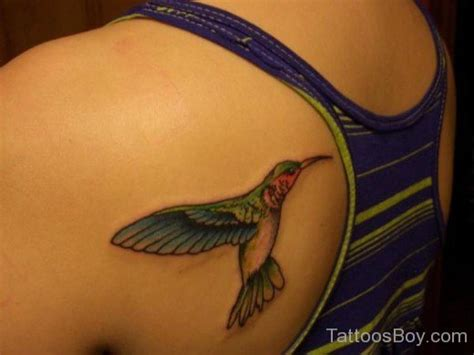 hummingbird tattoo on shoulder hummingbird tattoo on shoulder