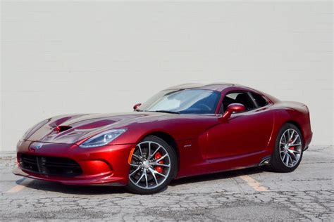 how the 2013 srt viper works howstuffworks 2013 dodge srt viper our review cars com