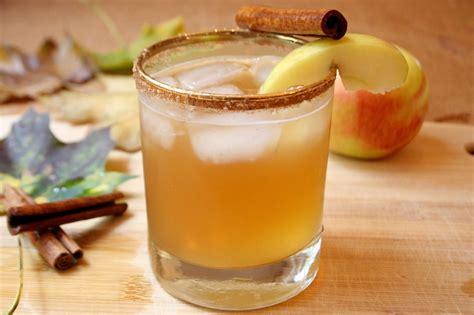 apple pie cocktail the surznick common room