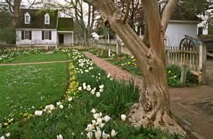 gardens of colonial virginia house