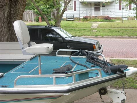 lowe deck boat lowe sport deck boat 1995 for sale for 8 000 boats from