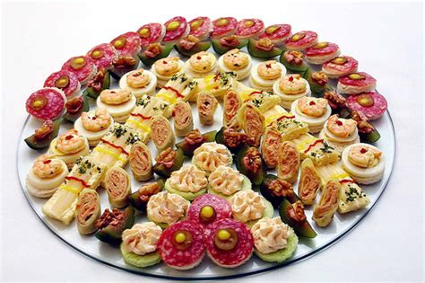 canap 233 s tradicionais traditional canapes a photo on