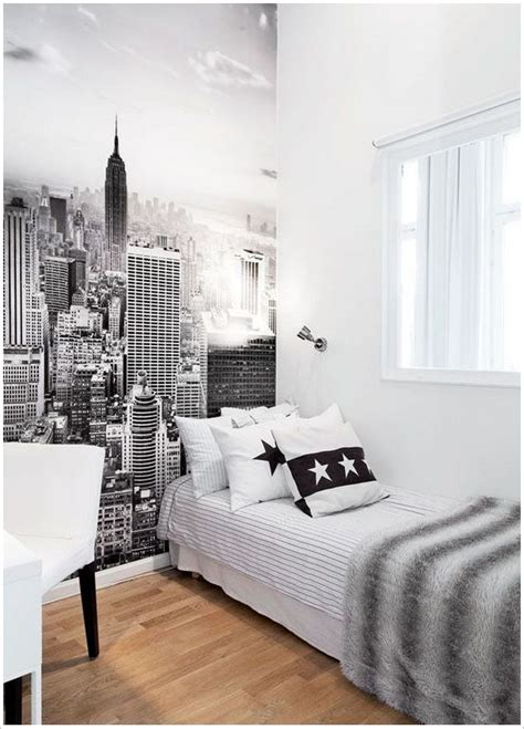 skyline bedroom wallpaper 25 best ideas about city theme bedrooms on pinterest