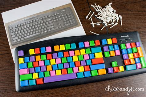 spray painting keycaps diy colorful computer keyboard chica and jo