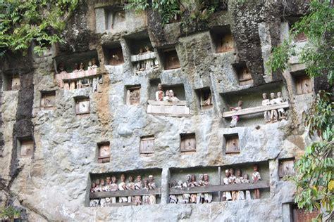 Jaman Now Ie makam tebing indonesiakaya eksplorasi budaya di zamrud khatulistiwa