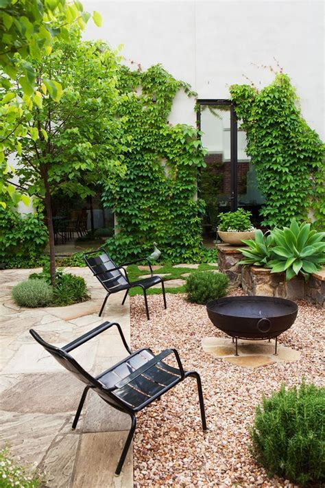 backyard entertaining landscape ideas only best 25 ideas about backyard pavers on