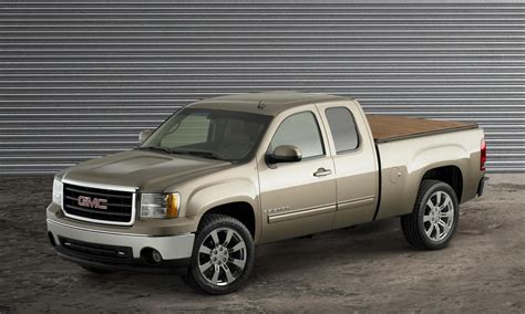 how to work on cars 2007 gmc sierra 1500 electronic valve timing 2007 gmc sierra 1500 texas edition review top speed