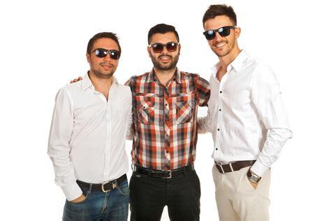 imagenes hombres felices hombres felices de los amigos imagen de archivo imagen