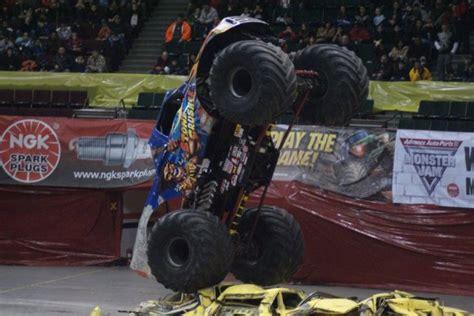 nassau coliseum monster truck show uniondale new york nassau coliseum january 29 2011