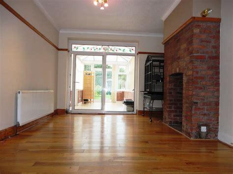 rooms to let bolton crompton way astley bridge bolton manhattan estates