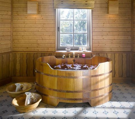 baignoire spa baignoire en bois sur mesure et spa en bois vente en