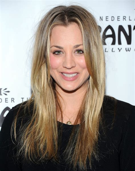 kaley sweeting hairstyle kaley cuoco sweeting long center part long center part