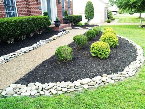 Decorative Landscaping With Rocks For A Natural House Decorative Landscaping
