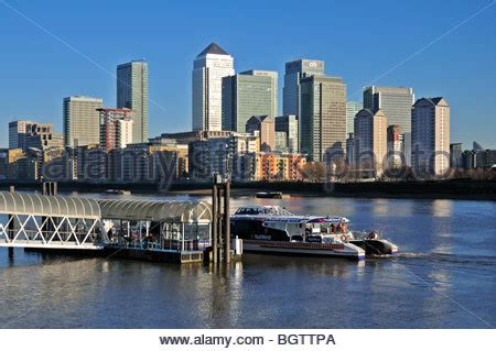 thames clipper surrey quays greenland dock surrey quays rotherhithe london se16