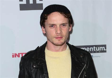 anton yelchin x reader star trek actor anton yelchin 27 killed in freak