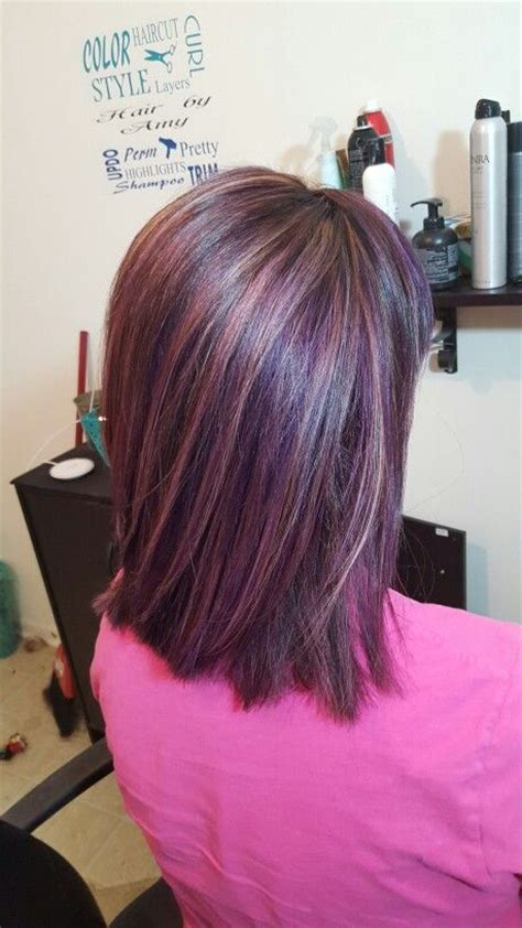 periwinkle hair highlights short hairstyles with chunky color foils
