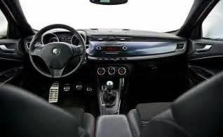 Alfa Romeo Giulietta Inside Alfa Romeo 2015 2016 Autos Post