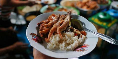 tempat wisata kuliner  solo  wajib dicoba