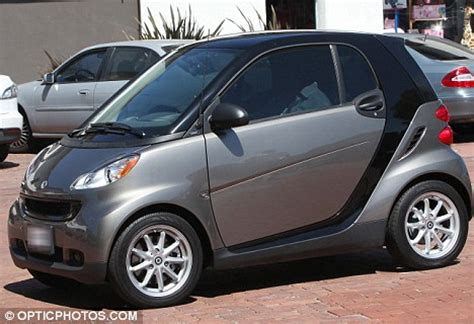 smart car 1 seater mel gibson goes from a maserati to a smart car as he heads