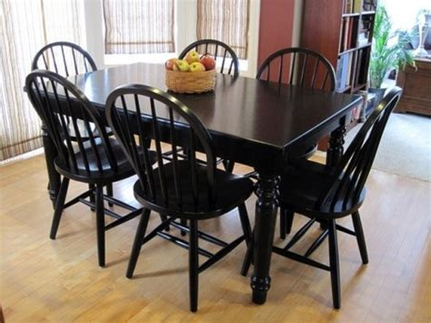 Diy Painting Kitchen Table And Chairs by Refinishing A Table Crafts