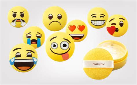 Innisfree X Emoji No Sembun Mineral Powder packaging innisfree no sebum mineral powder emojis