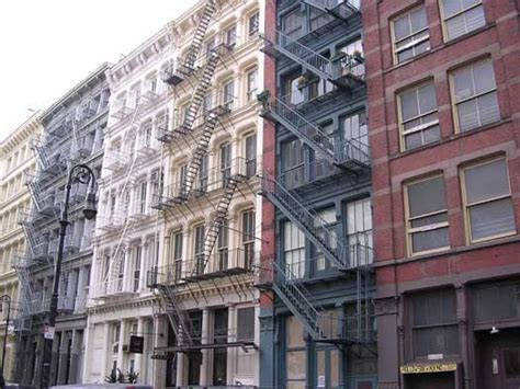 Apartment Vacancy Rate New York City Average Rent In Nyc Rises To 3 000 Per Month