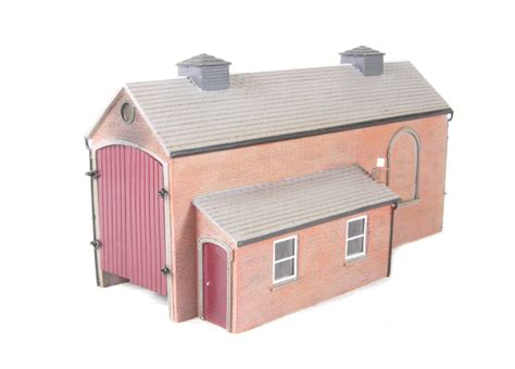 Oo Engine Shed by Hattons Co Uk Hornby R9532 Engine Shed Magna Range
