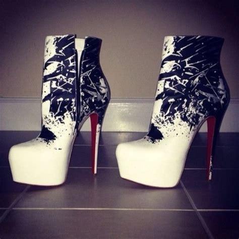 shoes white black splash black white pattern boots
