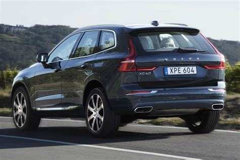 Volvo Auto 2019 by 2019 Volvo Xc40 Vs 2019 Volvo Xc60 What S The Difference