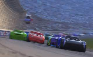Lightning Falls On Car Lightning Mcqueen Isn T Ready To Give Up In Cars 3