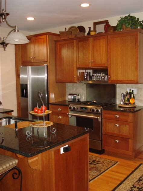 kitchen with oak cabinets design ideas kitchen cabinet oak honey cabinets designs photos kerala