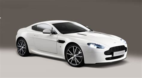 Aston Martin Or Maserati by Maserati V8 Granturismo Aston Martin Vantage V8 Review