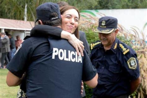 aumento policia y spb vidal vidal mand 243 a la polic 237 a bonaerense a las escuelas para