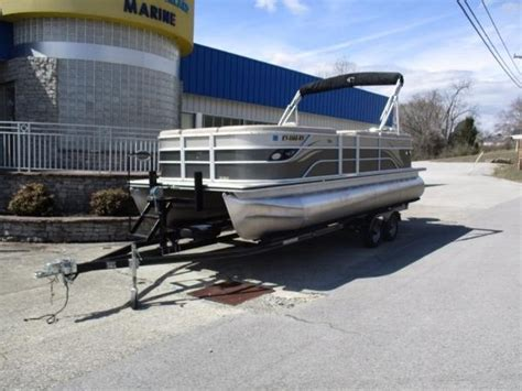 used pontoon boats for sale lake cumberland used pontoon crest boats for sale 3 boats