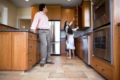 real estate open house etiquette buying or selling a home omaha ne real estate blog