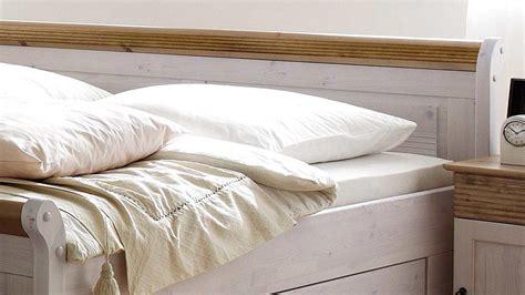 bett oslo doppelbett aus kiefer massiv wei 223 antik 180x200 cm - Bett Oslo