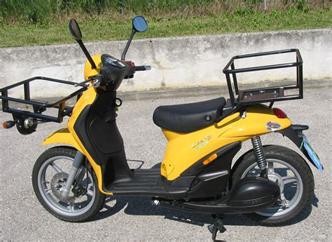 Elektro Motorrad Post by Piaggio Liberty E Mail Testbericht