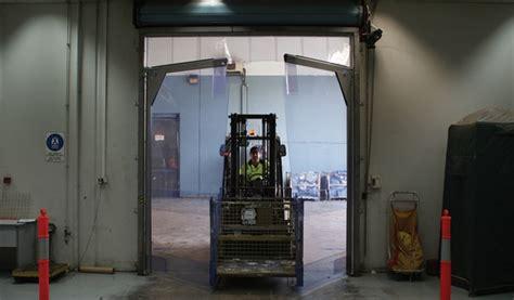 pvc swing door 3000 series flexible pvc swing doors product images