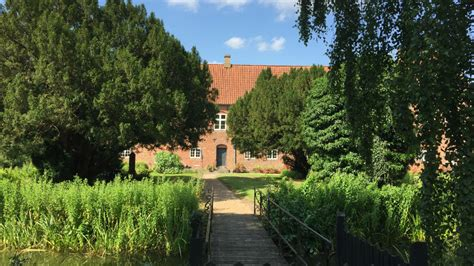 japanischer garten aarhus schlossgarten boller schloss visitdenmark