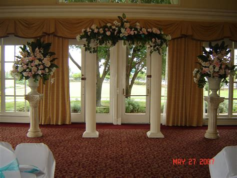 Wedding Arch Columns by Pictures Of Wedding Columns Decorated Columns