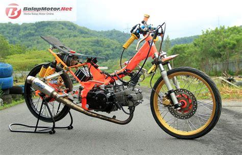 Drag Motor by Koleksi Modifikasi Motor Drag Honda Karisma Terbaru