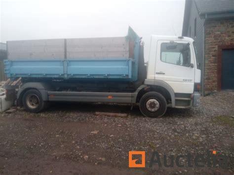 camion porte conteneur camion porte conteneur mercedes atego 1217