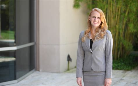 Uf Mba Real Estate by Recent Alumna An Mba To Says Poets Quants