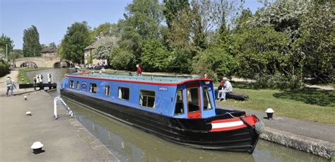 boating holidays england canal boat hire england uk image gallery narrow boats england