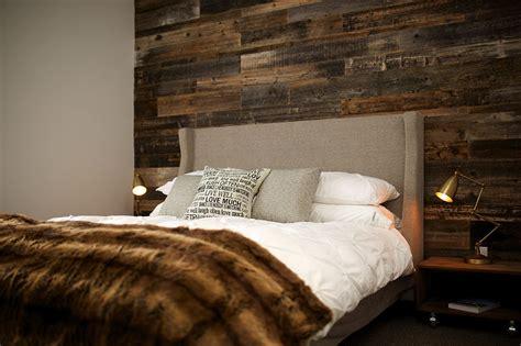 chambre 224 coucher mur bois de grange rev 234 tement muraux